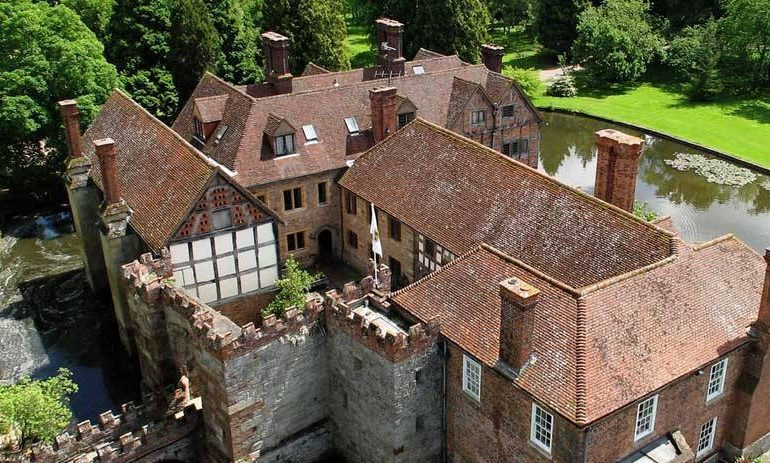 Birtsmorton Court joins 5 Star Wedding Directory