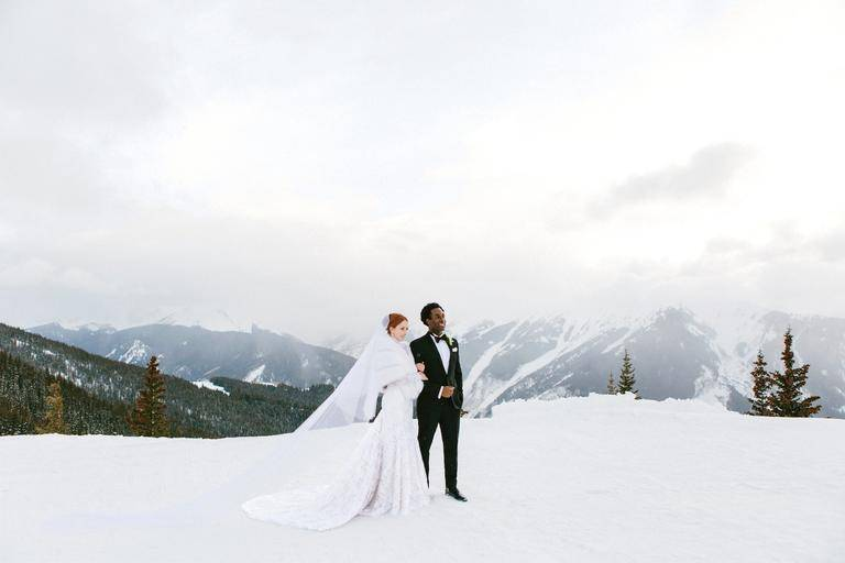 What a backdrop for a winter wedding! Photo: James Christianson Photographer