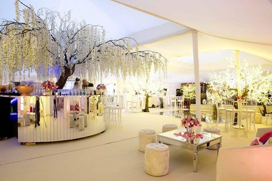 Luxury Marquees - Luxury Wedding Gallery