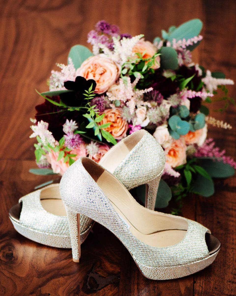 Sweet posy and some killer heels