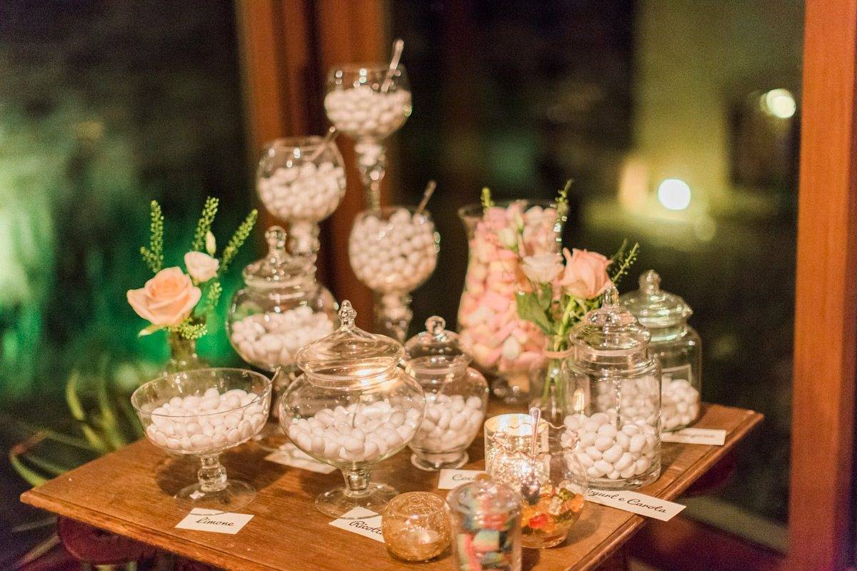 Sugared almonds - Luxury Wedding Gallery