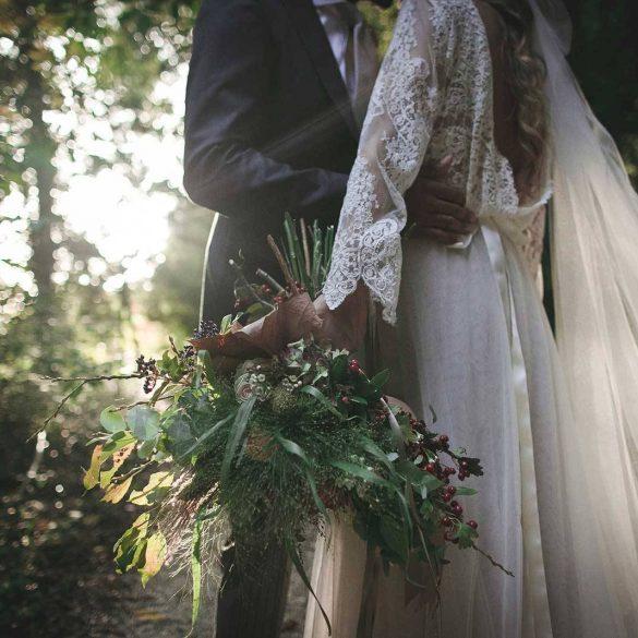 A boho bride in autumnal Umbria