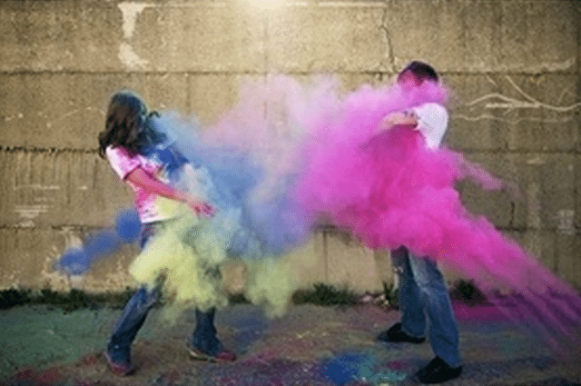 Have fun with colour! Photo: Want That Wedding