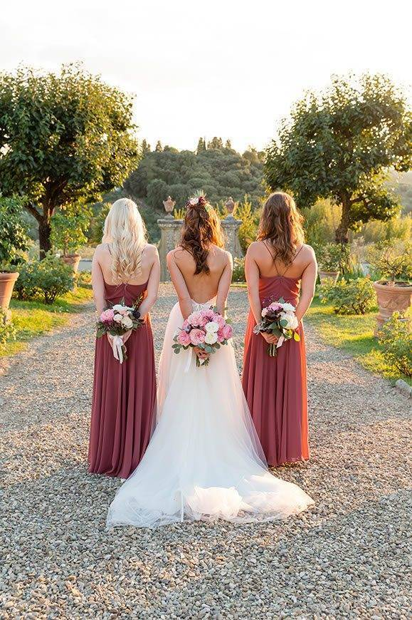 BOUQUET BRIDESMAIDS RED - Luxury Wedding Gallery