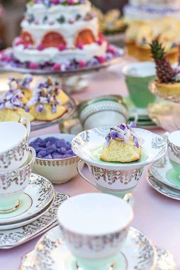 CAKECORNER WEDDINGCAKE VINTAGE - Luxury Wedding Gallery