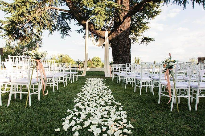 Ceremony Decoration 3 1 - Villa Tolomei Hotel - Gallery