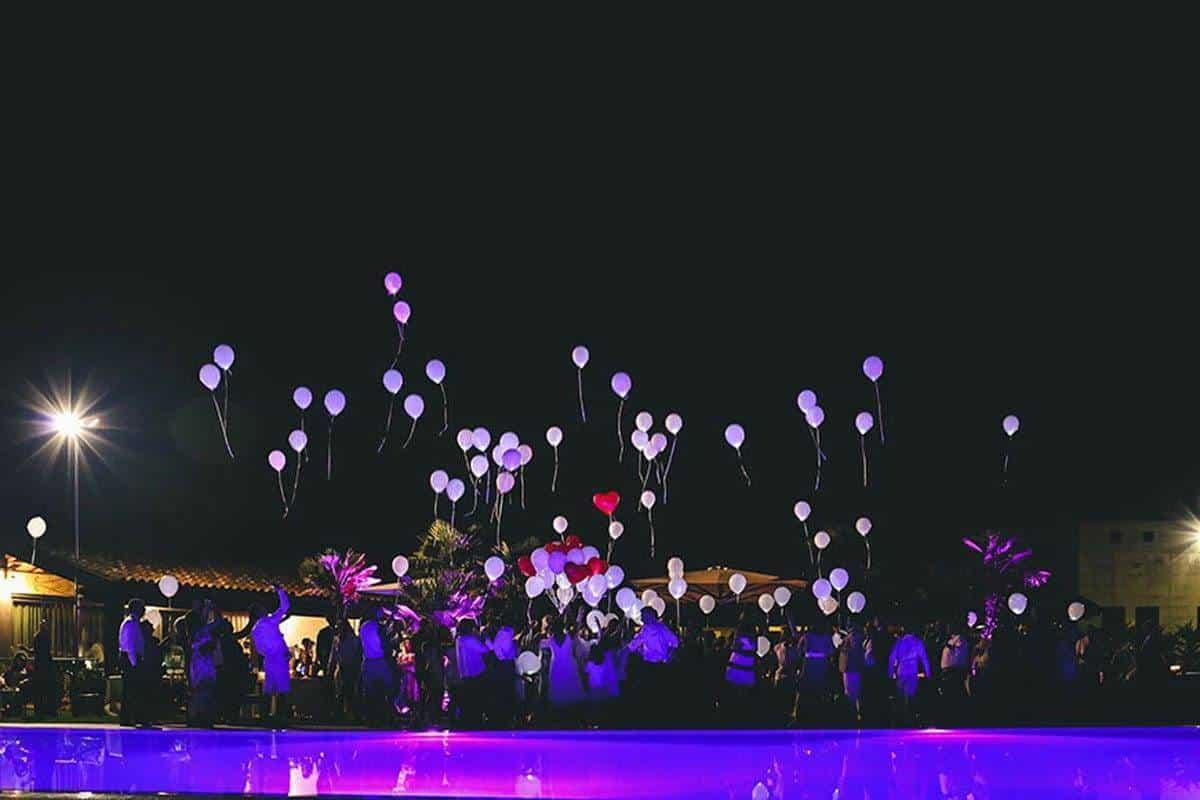 Festa Piscnia lancio palloncini - Luxury Wedding Gallery