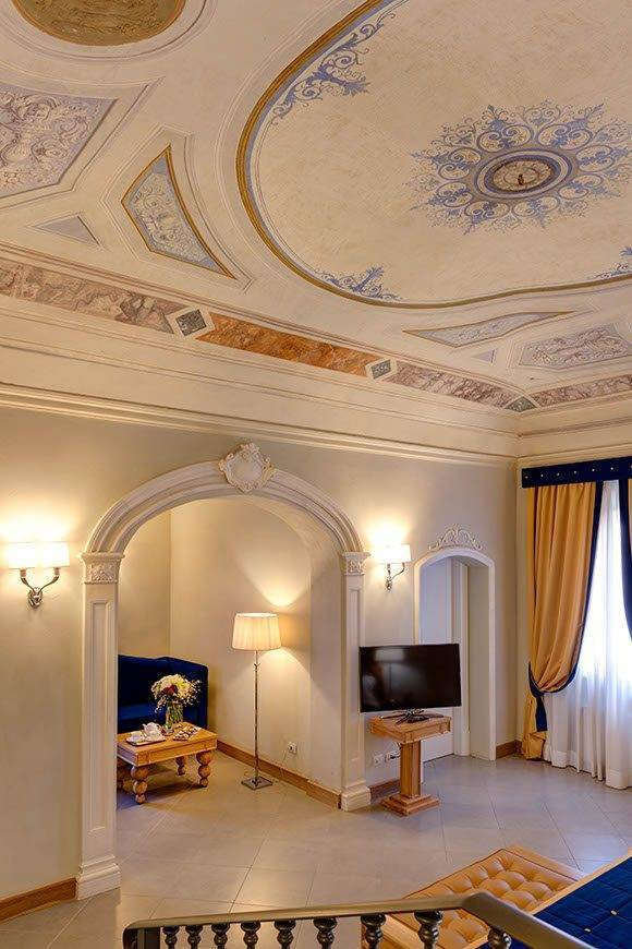 Fresco in Suite - Villa Tolomei Hotel - Gallery