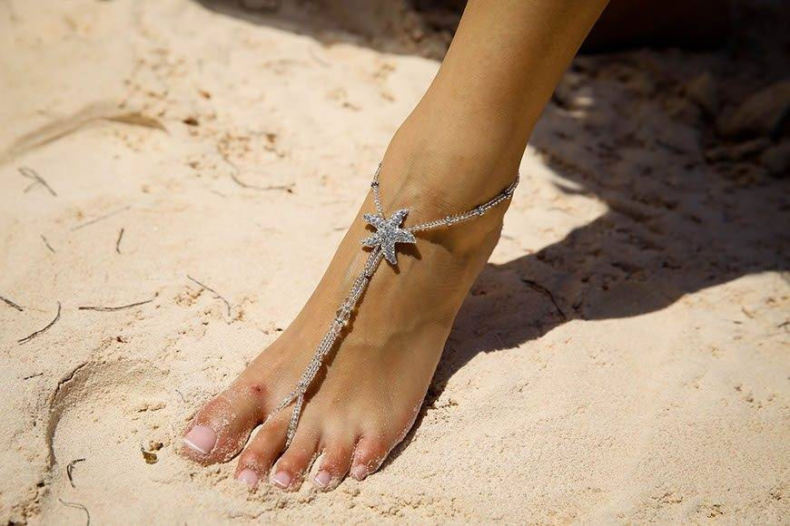 Pearl Island Bahamas beach bride jewelry - Luxury Wedding Gallery