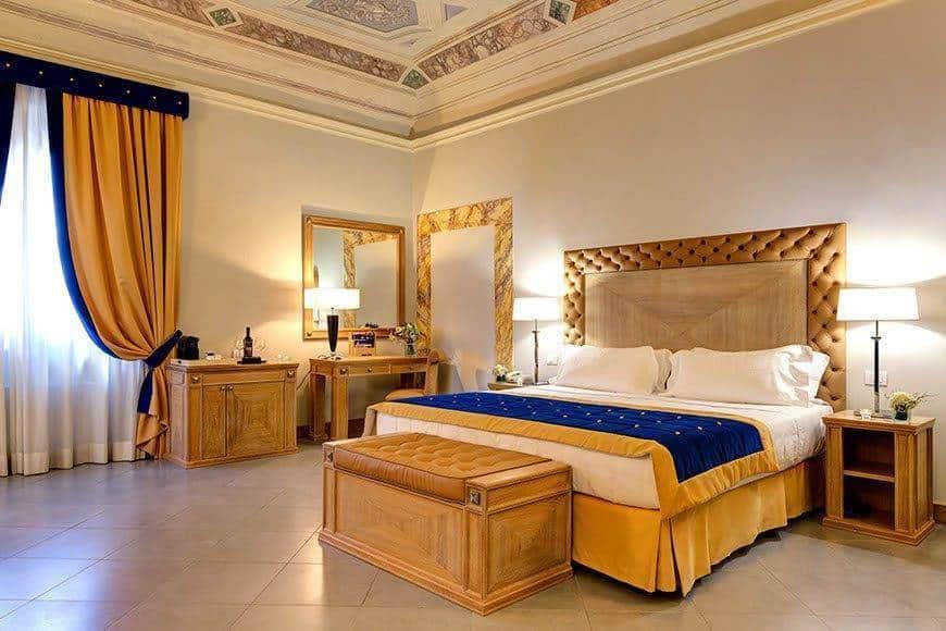 Room 6 - Luxury Wedding Gallery