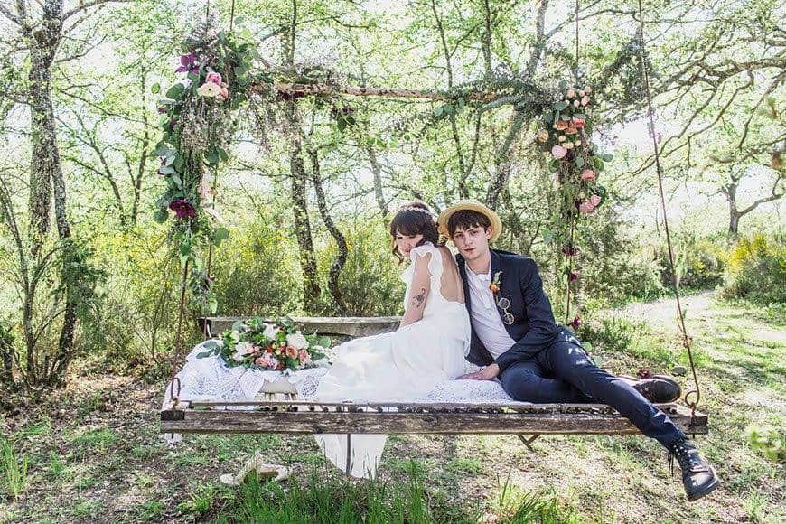 SWING ROMANTIC LOVE FLOWERDESIGN FLOWERS - Luxury Wedding Gallery