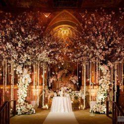 What a spectacular altar display! Photo: Tantawan Bloom