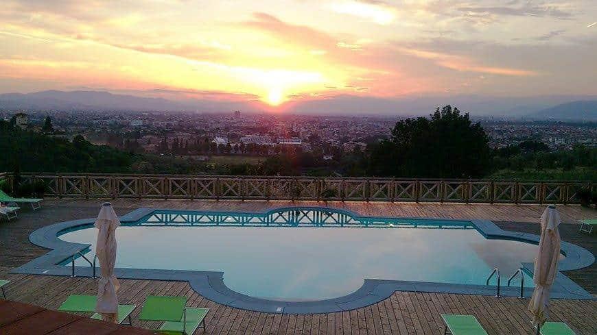 Villa Tolomei Hotel Swimming Pool Sunset Florence R - Luxury Wedding Gallery