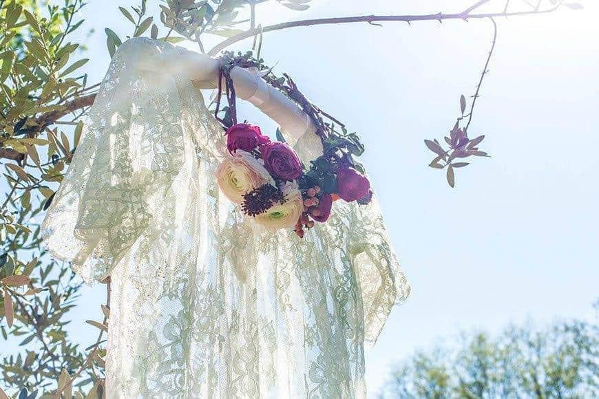 WEDDINGDRESS LACE ROMANTIC TUSCANY - Luxury Wedding Gallery