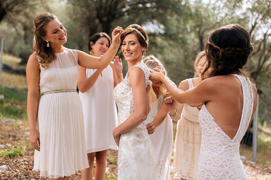 brides preparation into an ancient olive grove - Luxury Wedding Gallery