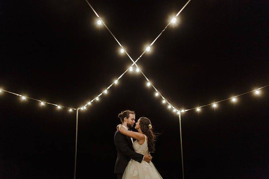 bulb lighting - Luxury Wedding Gallery