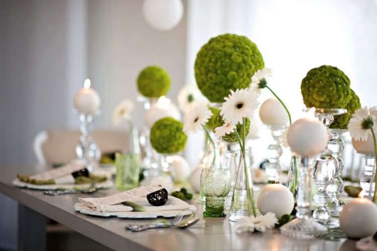 Fresh and clean place settings Photo: Every Last Detail
