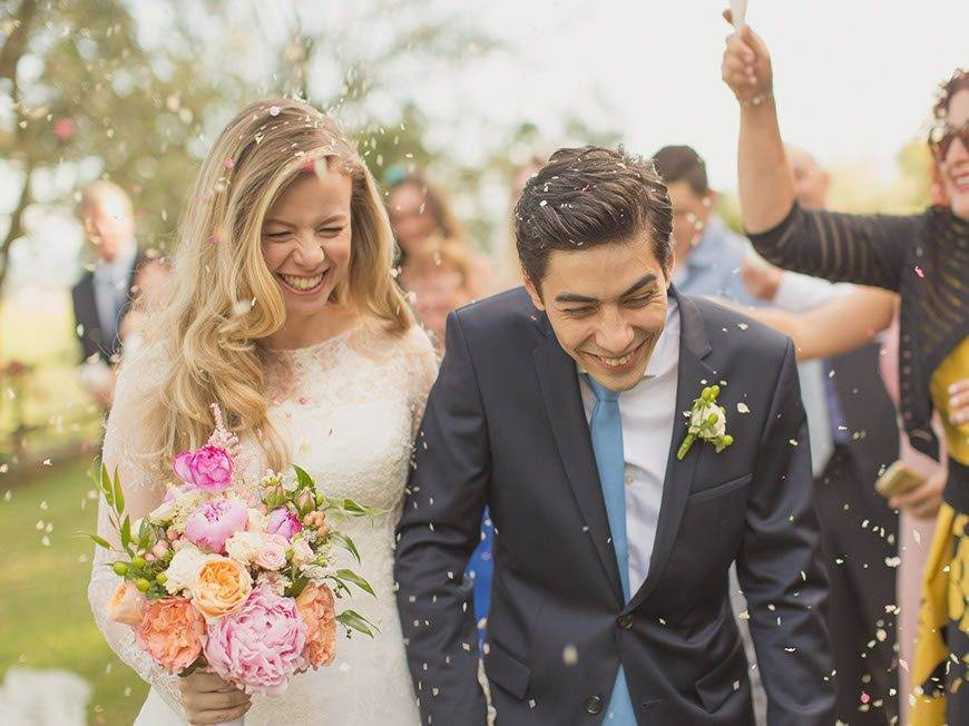 petal confetti throw - Luxury Wedding Gallery