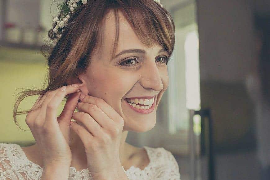 2 wedding bride getting ready1 - Luxury Wedding Gallery