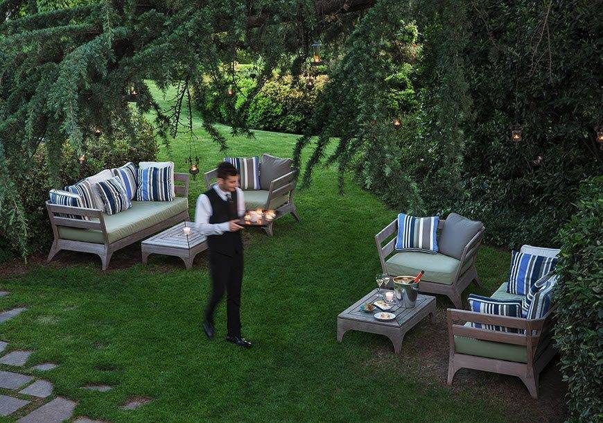 LAlbereta front garden - Luxury Wedding Gallery
