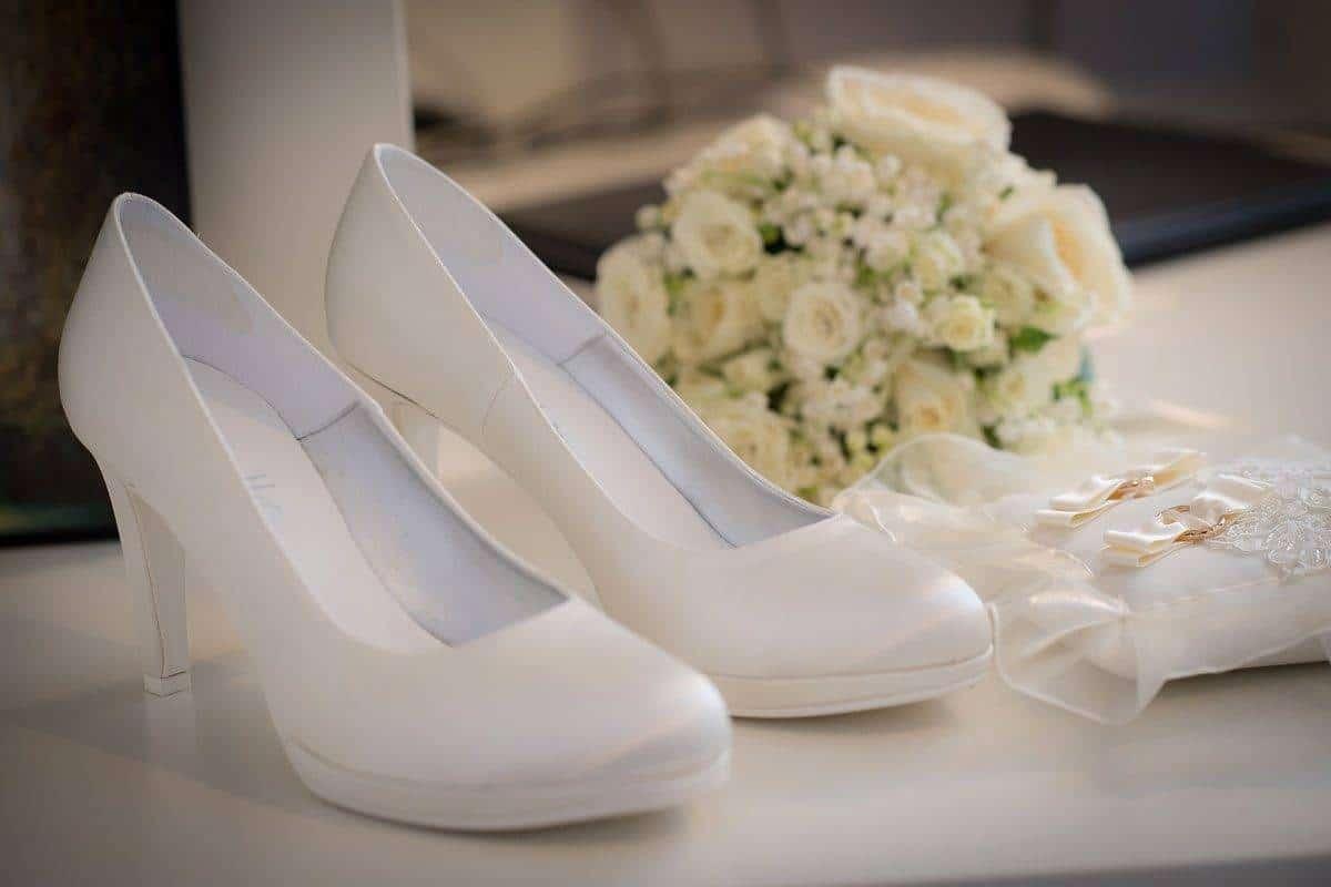 brides accessories - Luxury Wedding Gallery
