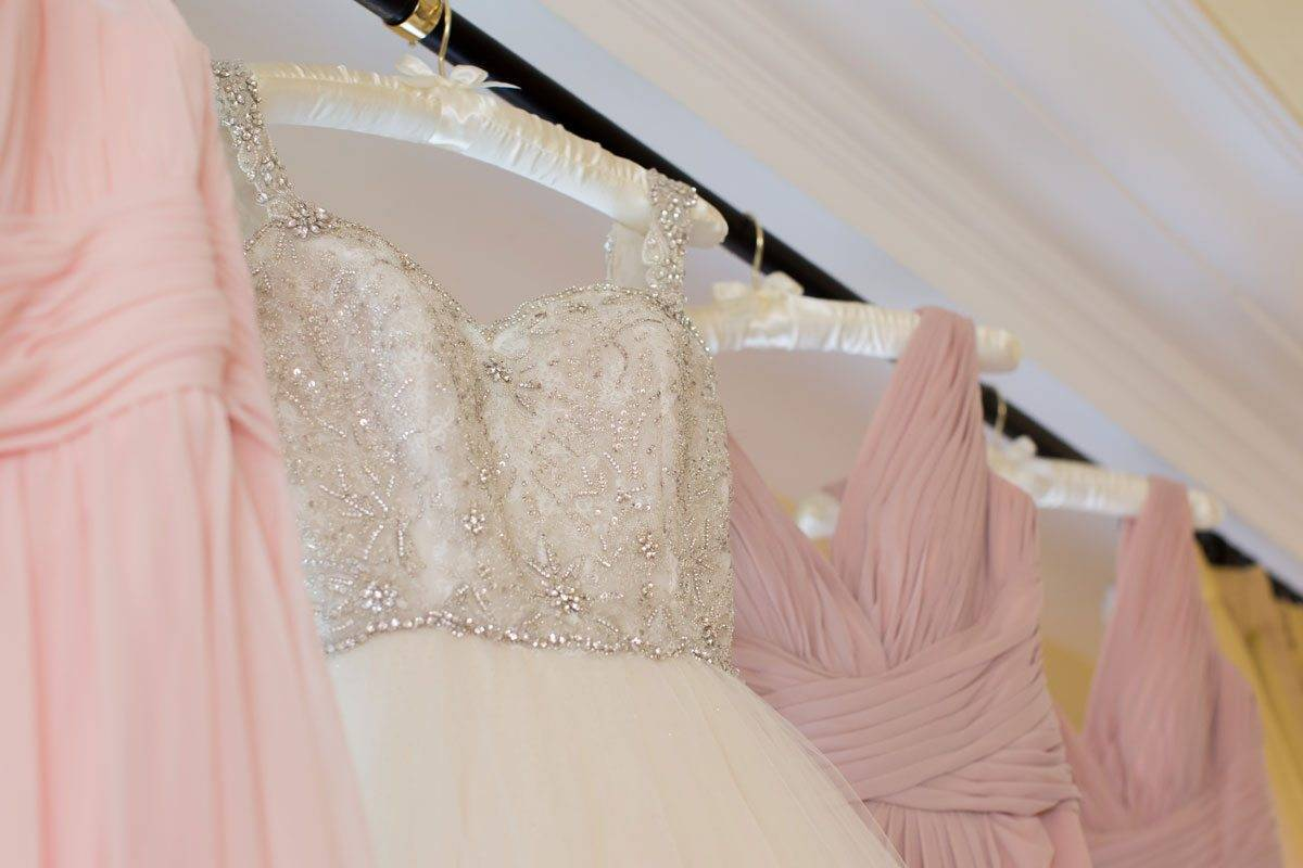 brides and bridesmaids dresses - Luxury Wedding Gallery