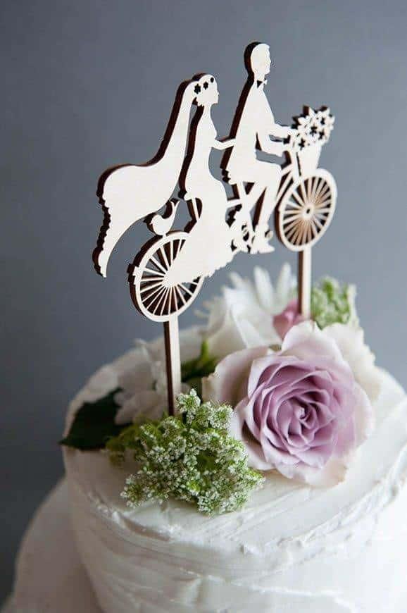 21 Hummingbird Cards cake topper - Luxury Wedding Gallery