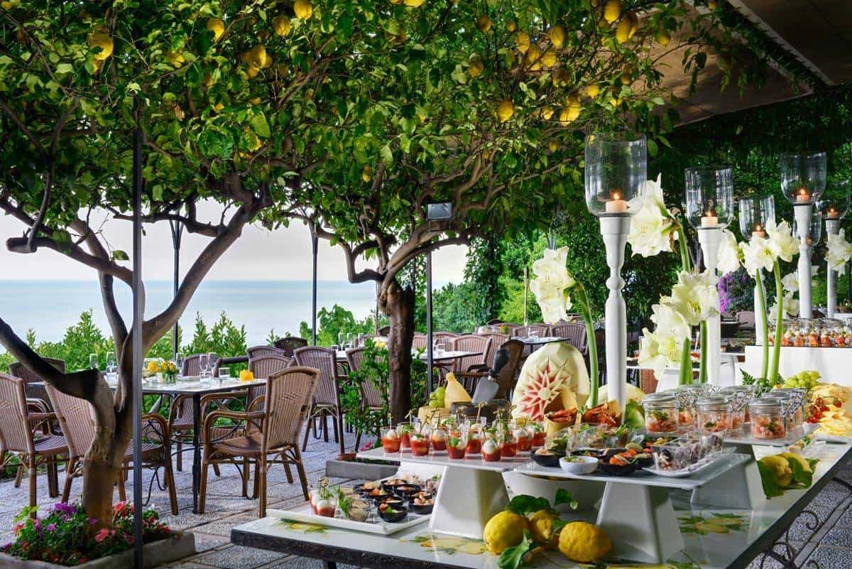 31 Buffet - Luxury Wedding Gallery