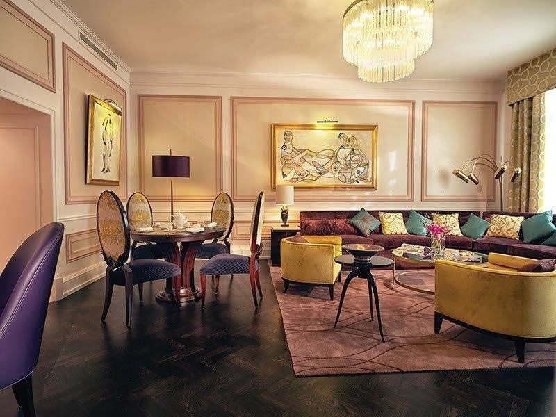 Avant Garde Suite 1 - Luxury Wedding Gallery