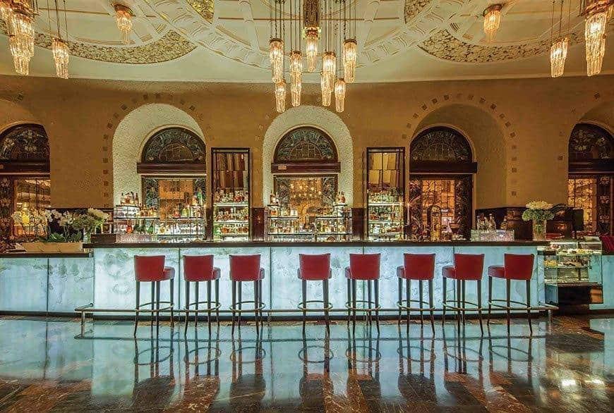 Lobby Bar 1 - Luxury Wedding Gallery
