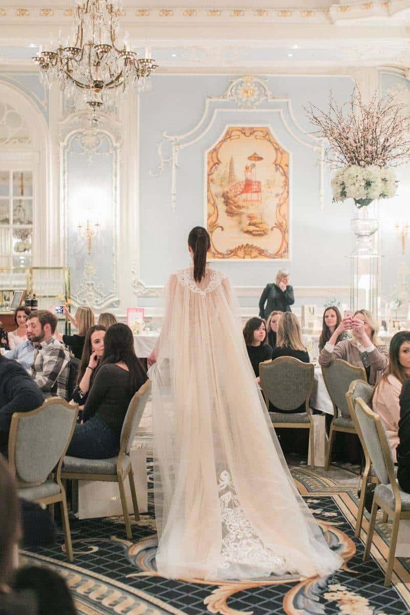 brides magazine mirror mirror nurit hen savoy london roberta facchini photography 160 801x1201