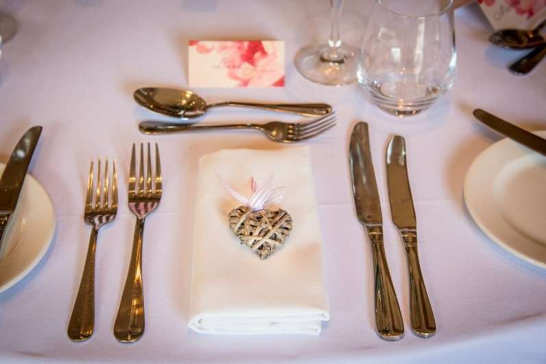 Creative ways to incorporate blush pink and succulents into your wedding 3