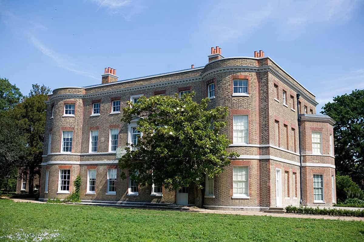 Mansion-Front-30