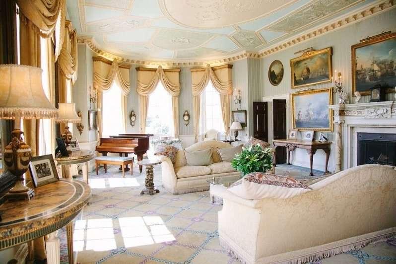 Brocket Hall Rooms