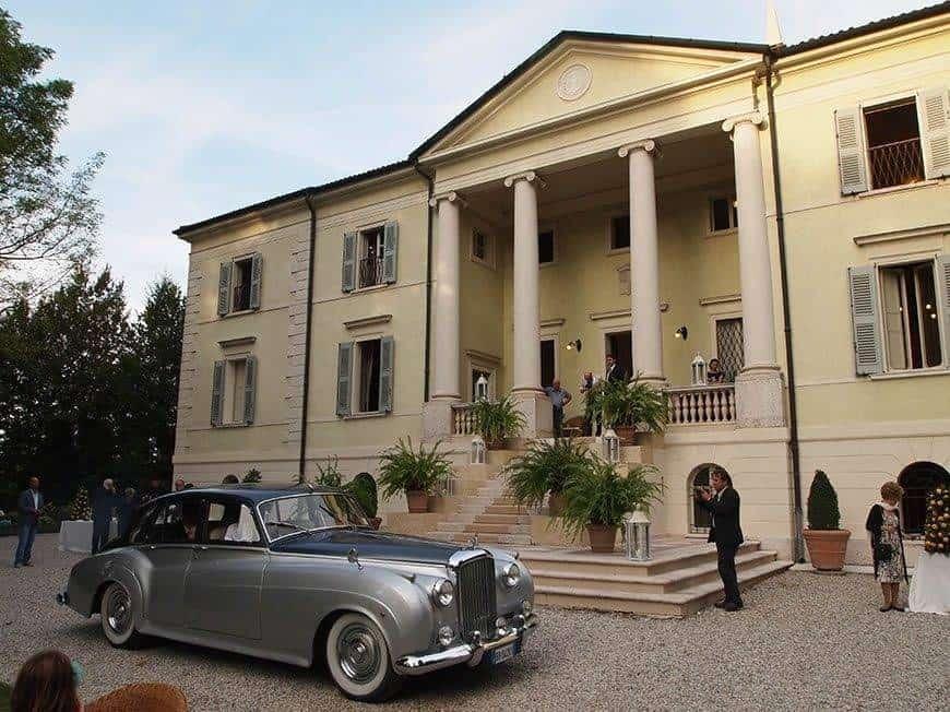 Arrival in villa - Luxury Wedding Gallery