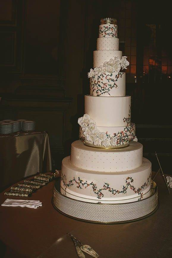 Destination wedding planners congress at palazzo vechio inspired by medici border pattern tuscan wedding cakes  - Luxury Wedding Gallery