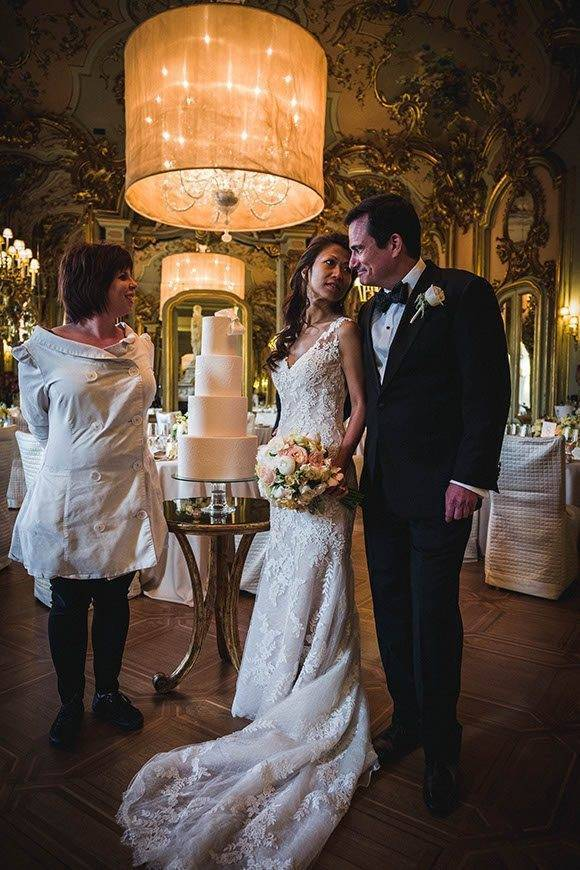 Gorgeous couple in florence tuscan wedding cakes  - Luxury Wedding Gallery