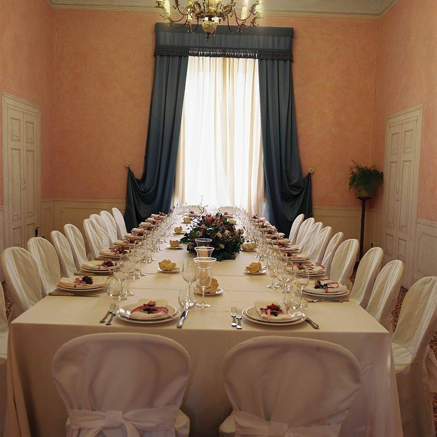 Imperial table - Luxury Wedding Gallery