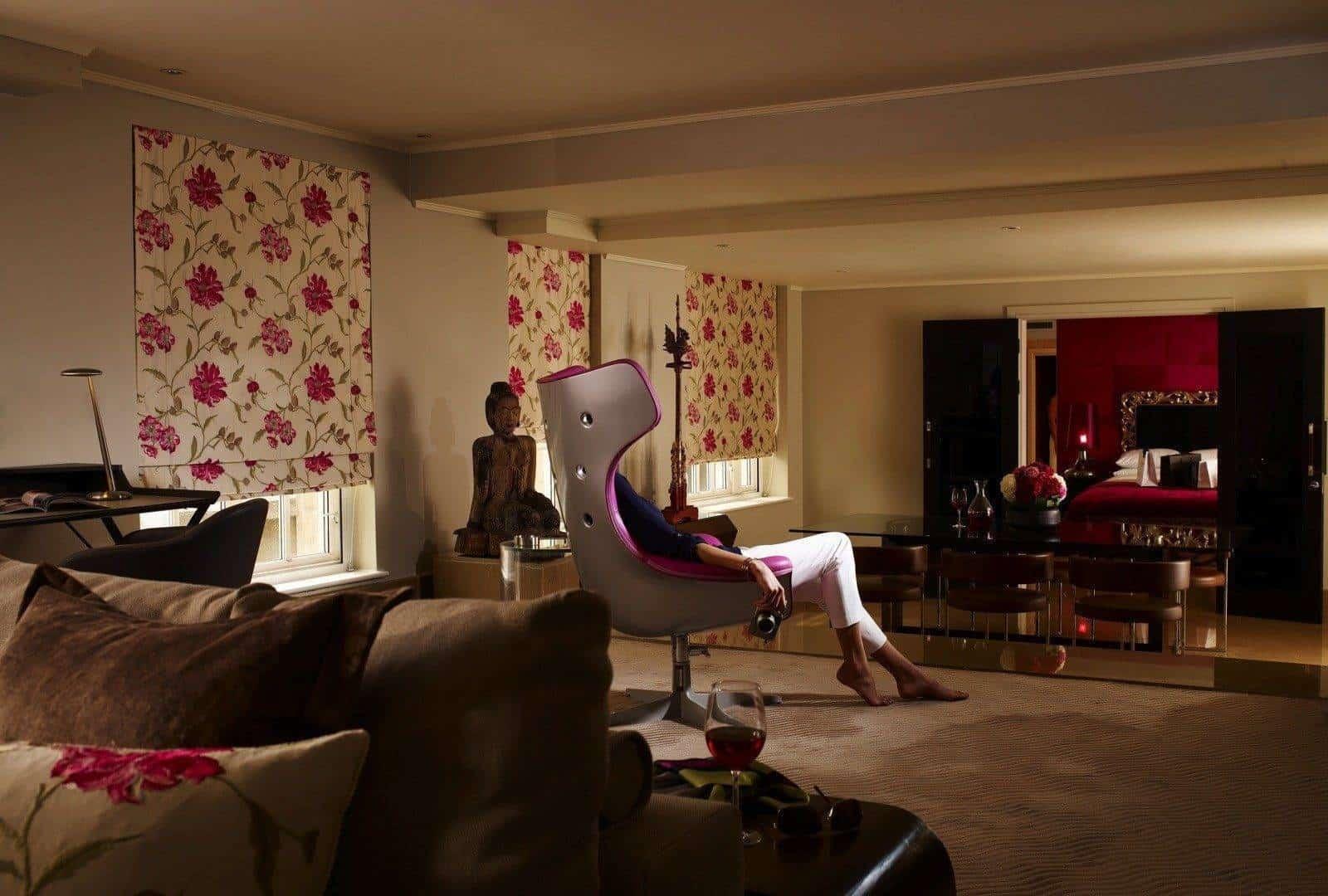 The May Fair Hotel Schiaparelli Suite