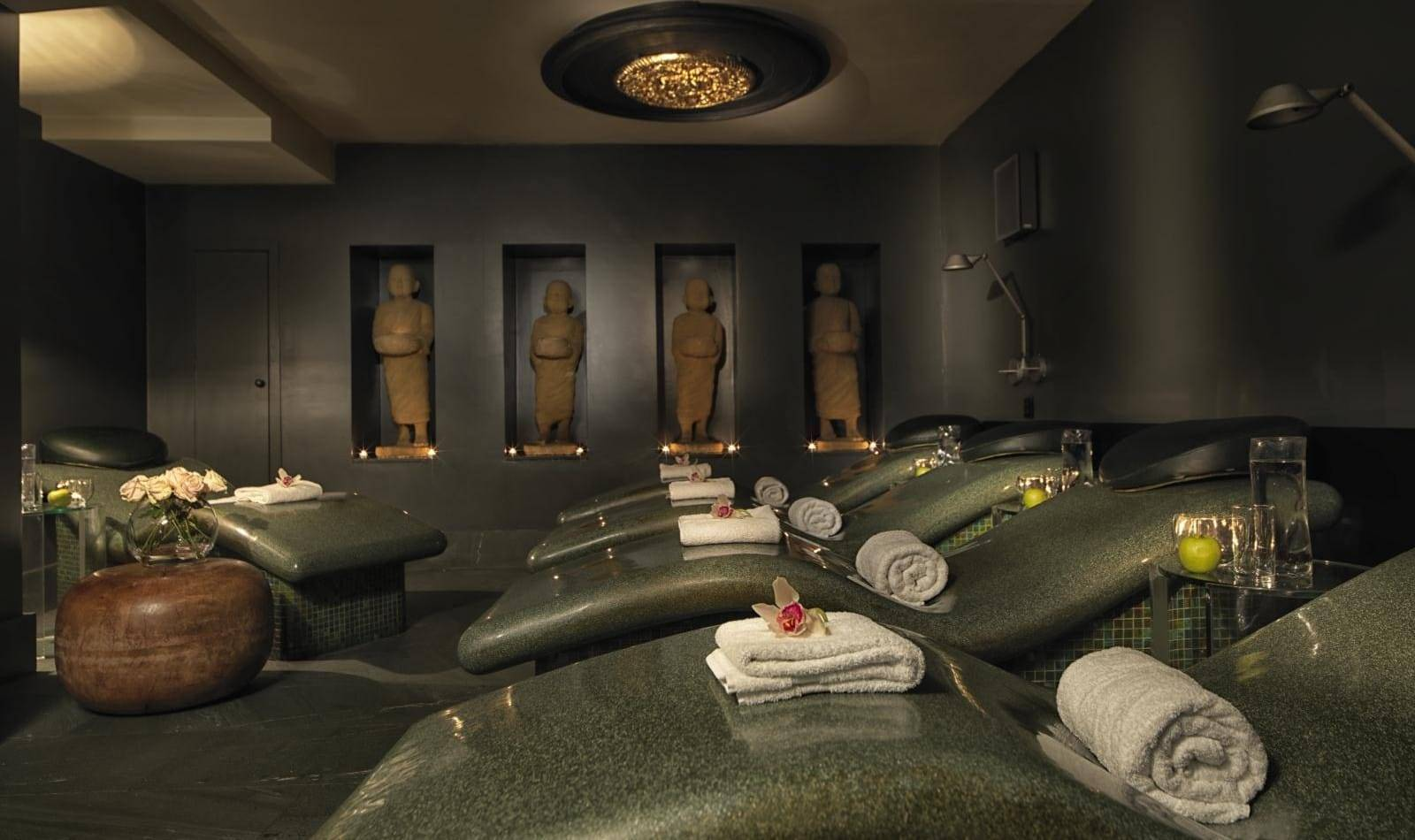 MAY SPA MED ROOM P 1 - REVIEW: The Magnificent May Fair Hotel