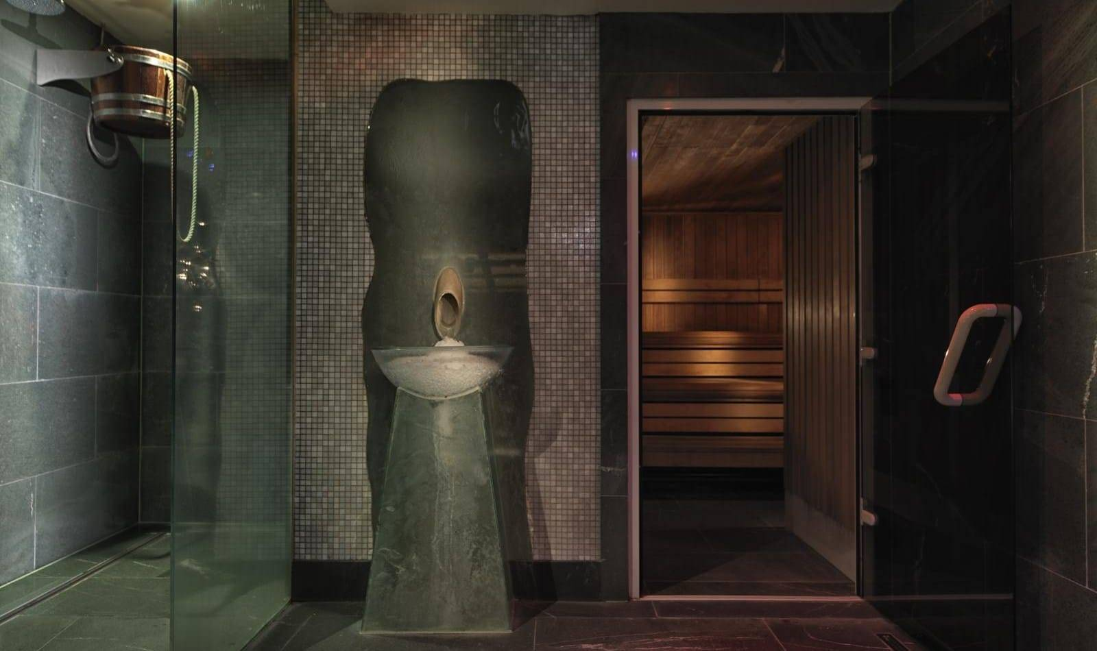 MAY SPA SAUNA P 1 - REVIEW: The Magnificent May Fair Hotel