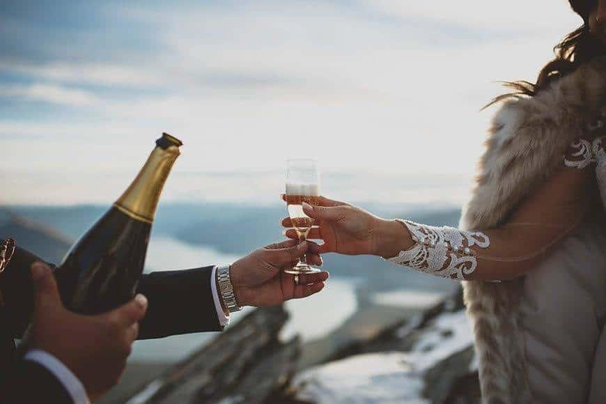 Mountain-wedding-toasts