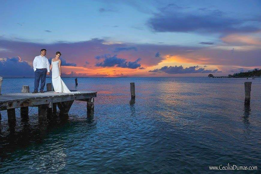 Sunhorse-Weddings-Carribean-Ocean-Couple-