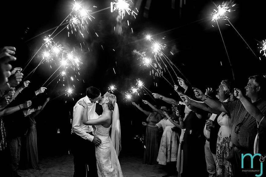 Sunhorse-Weddings-Sparklers-on-the-beach-