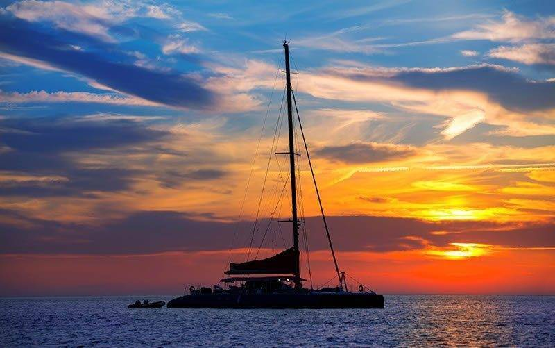 Sunhorse-Weddings-Sunset-Sail
