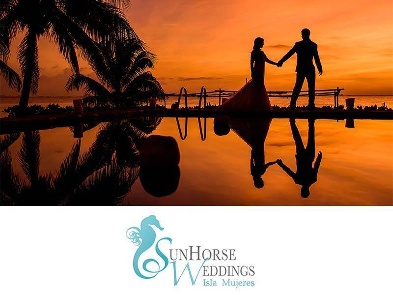 Sunset Couple logo - Luxury Wedding Gallery