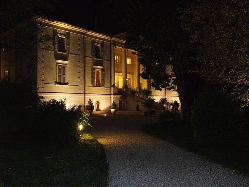 Wedding villa by night. - Luxury Wedding Gallery