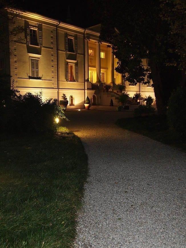Wedding villa by night2 - Luxury Wedding Gallery