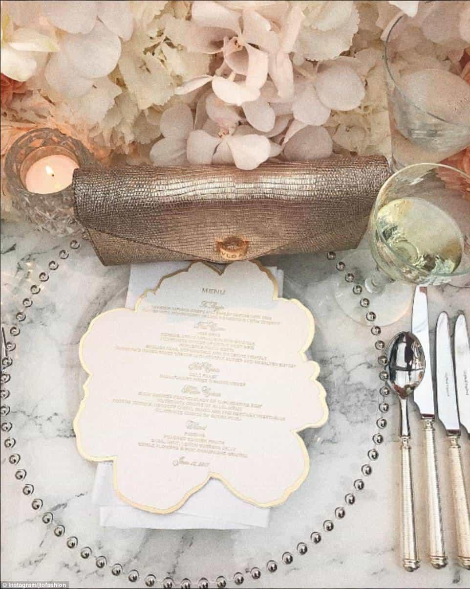 Luxury wedding at Blenheim Palace with Elizabeth's Cake Emporium