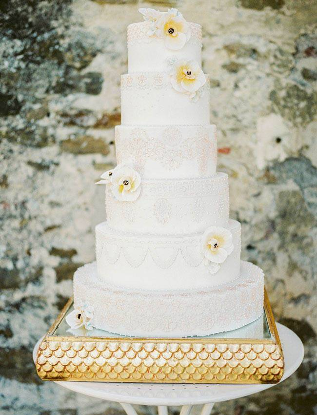 eyelet lace apricot and gold cake inspired by a valentino dress tuscan wedding cakes - Luxury Wedding Gallery